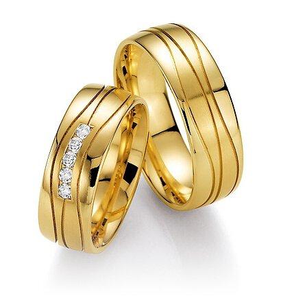 Nowotny Trauringe Premium Collection Ruesch in Gelbgold mit Brillant 02/40730-070
