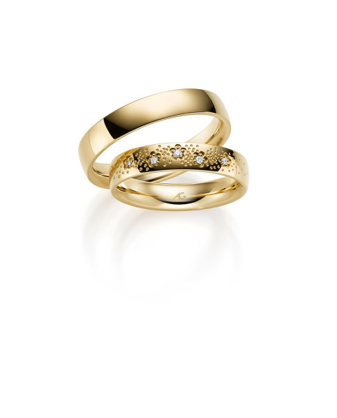 Gerstner Trauringe Gold mit Brillanten 4/31111/4,5 333/000